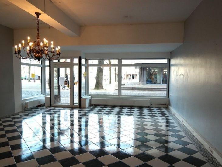 attraktive ladenfl che im herzen von 22926 ahrensburg. Black Bedroom Furniture Sets. Home Design Ideas