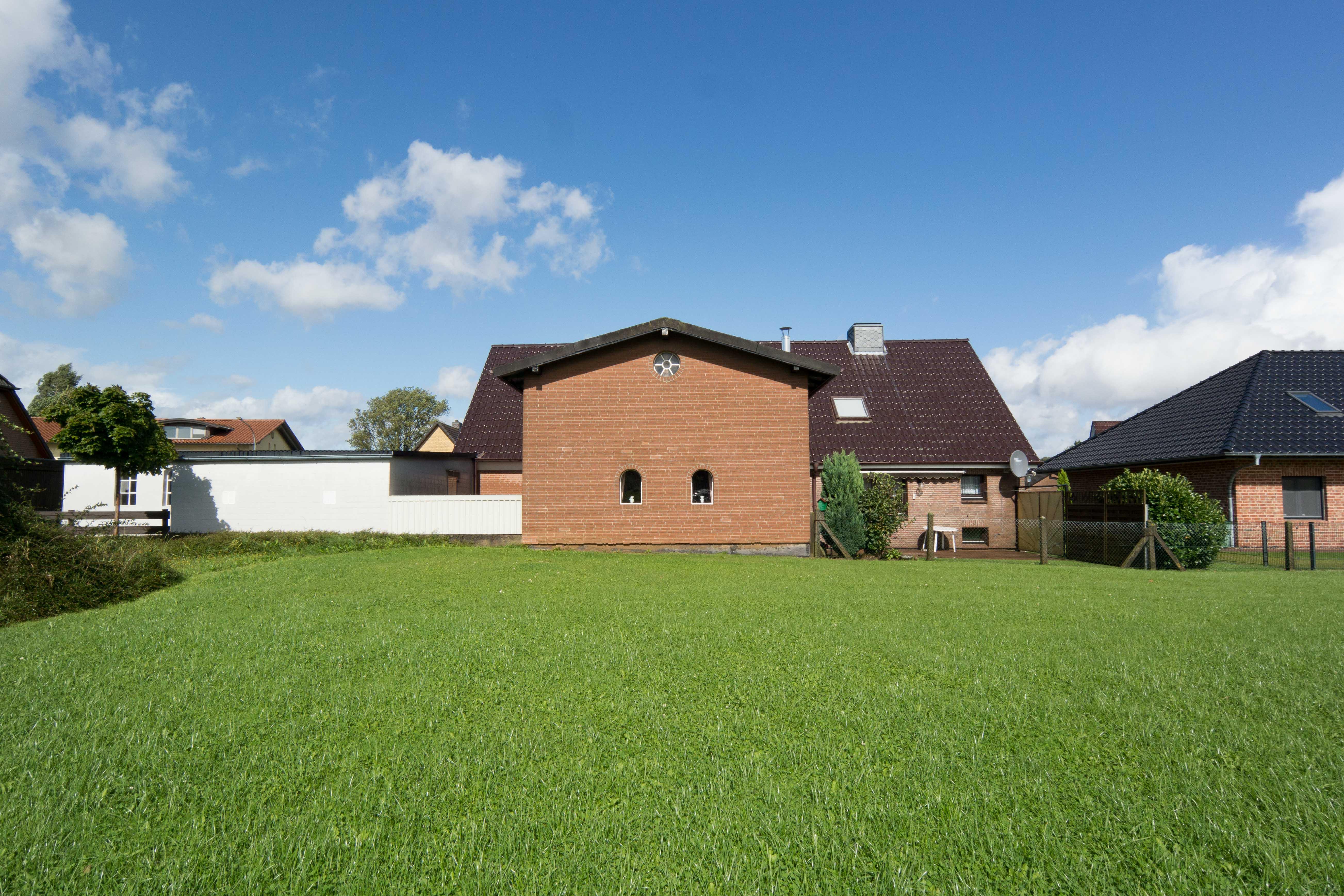 verkauft einfamilienhaus mit potenzial in 23898 sandesneben thonhauser immobilien trittau. Black Bedroom Furniture Sets. Home Design Ideas
