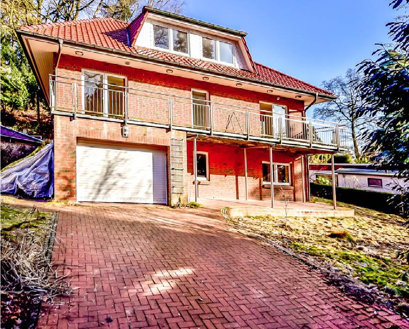 VERKAUFT ! Großes Einfamilienhaus mit integrierter Garage in 21075 ...