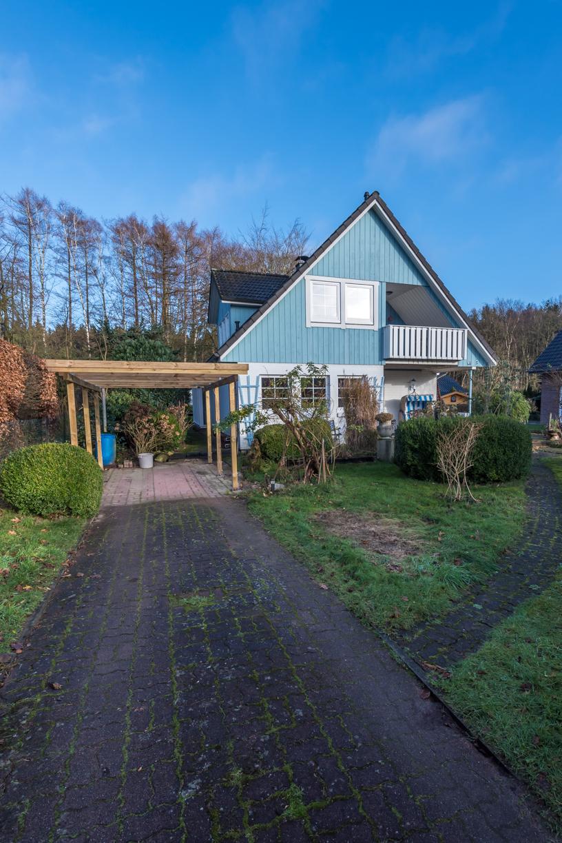 romantisches einfamilienhaus im skandinavien stil in 22926 ahrensburg thonhauser immobilien. Black Bedroom Furniture Sets. Home Design Ideas