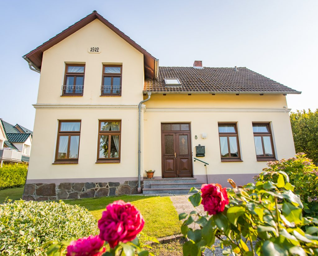 Zweifamilienhaus-22959-Linau-Thonhauser-Immobilien-GmbH-Titel